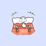数本のインプラントを入れて、入れ歯の固定源となる維持装置を取り付けます。